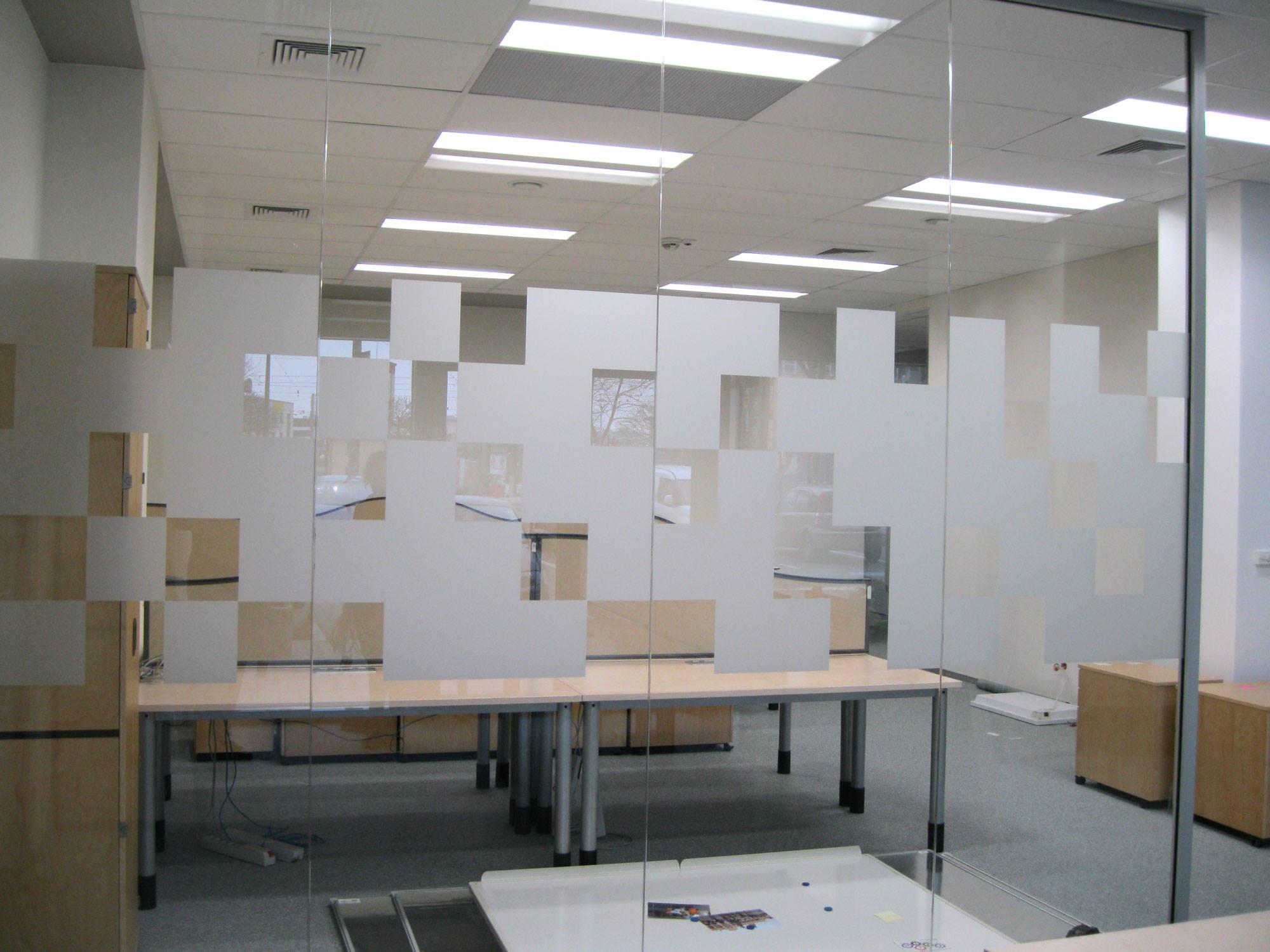 wyklejanie w biurach folia mrożona krakow